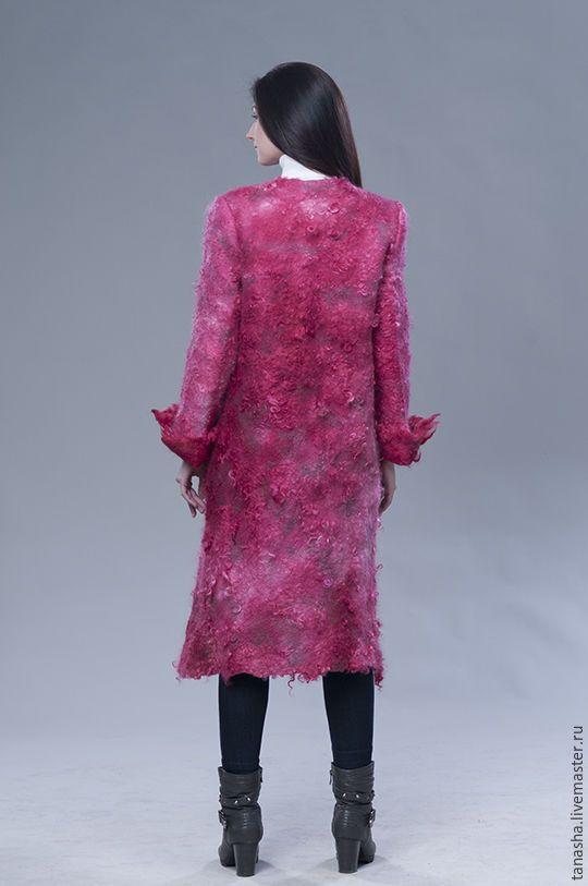 """Купить Зимнее валяное пальто """"Рубиновое"""" - валяное пальто, шерстяное пальто, пальто, женское пальто"""