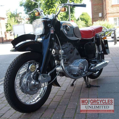 Smashing (1965 Honda C72 Classic Honda for Sale - £5,989.00) at Motorcycles Unlimited http://www.motorcyclesunlimited.co.uk/1965-honda-c72-classic-honda-for-sale/