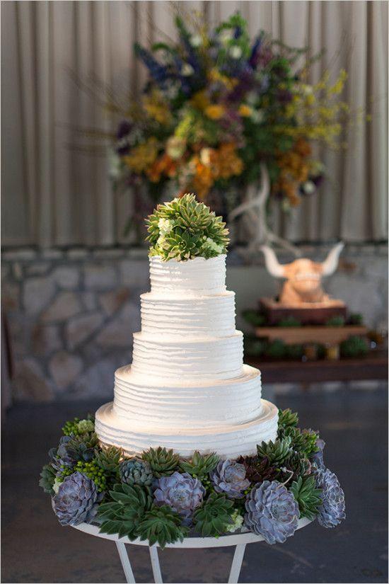 succulent wedding cake #weddingcake @weddingchicks