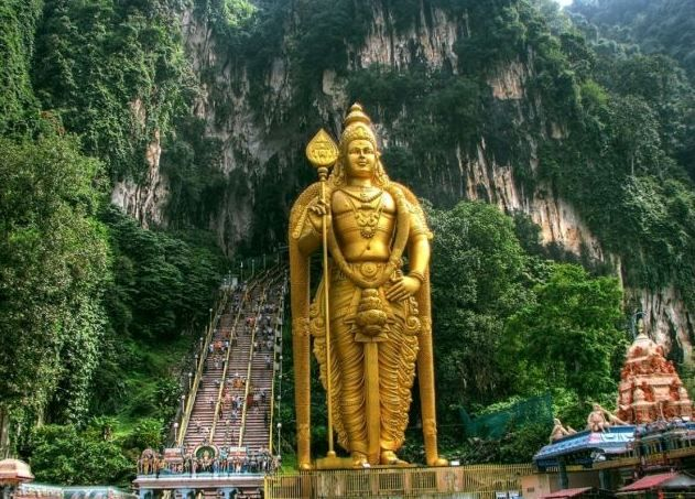Batu caves - One of the best place to visit in Malaysia