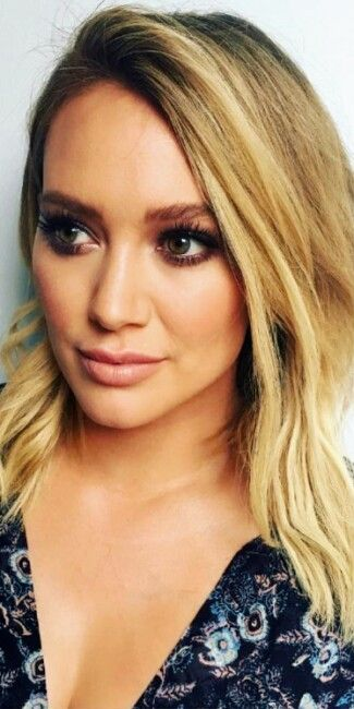 Hilary Duff Mais