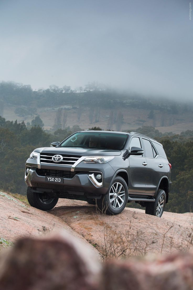 2016 toyota fortuner toyota_fortuner segment_j japanese_brands 2016my toyota serial