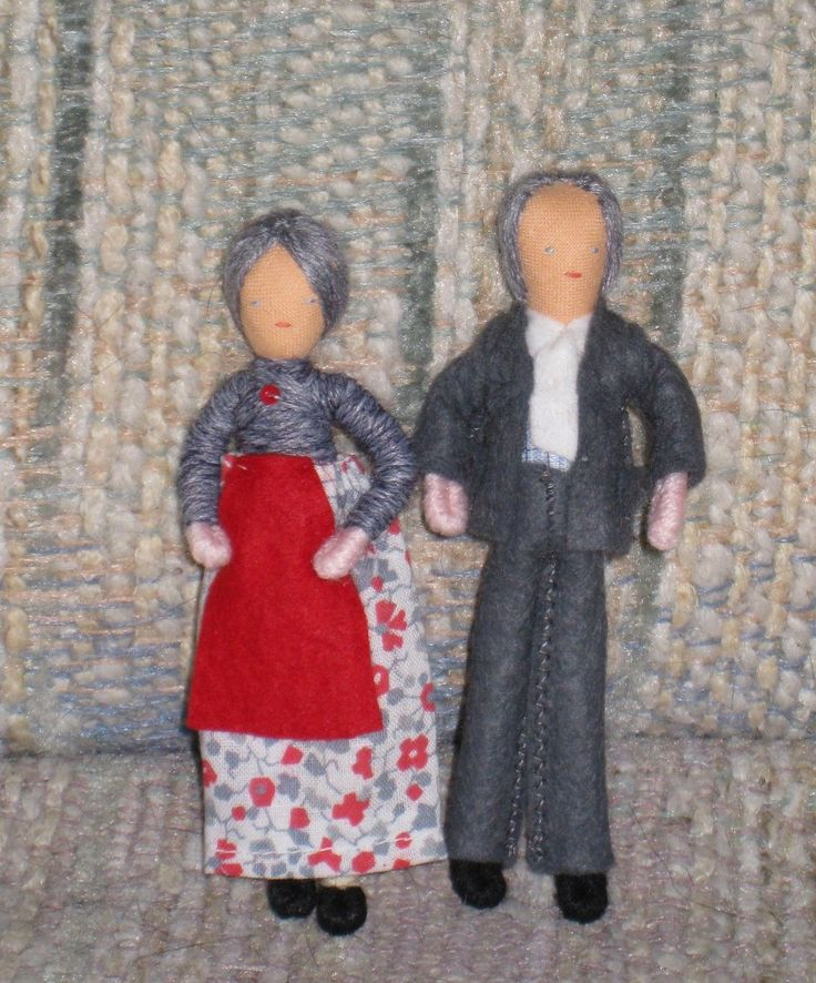 Two Sets of HALFPENNY POCKET DOLLS Grandparents Doll House Dolls Made in England | eBay