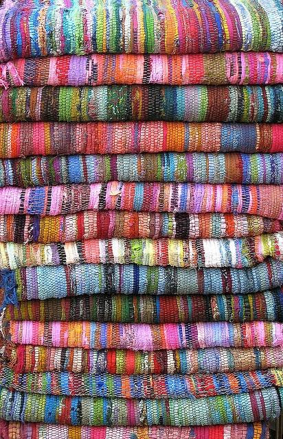 Rugs...luscious...: Weaving Loom Wool Rag Rugs, Michael Summer, Woven Rag, Rag Rugs Woven, Weaving Inspiration, Happy Color, Kitchens Rugs, Woven Rugs, Colour Yarns