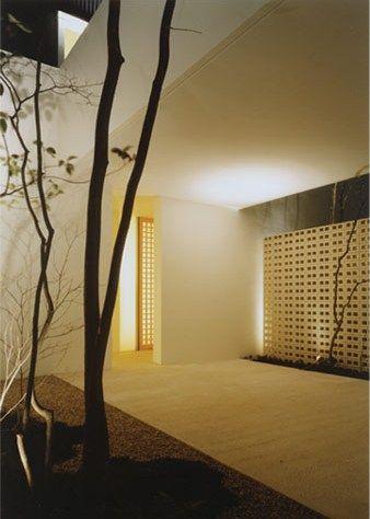 Planted atrium & lighting - John Pawson