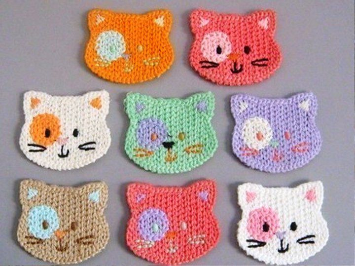 These kitties are cute. I bet they could be crocheted and squared easily.