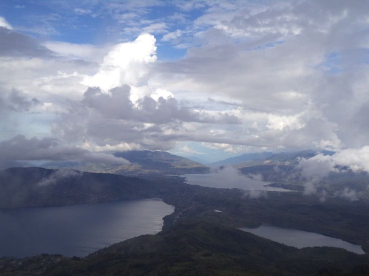 Danau Kembar Danau Cantik Penuh Misteri di Sumatera Barat - Sumatera Barat