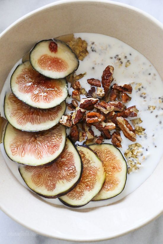Overnight Oats with Figs and Honey #breakfast #fruit     FoodBlogs.com