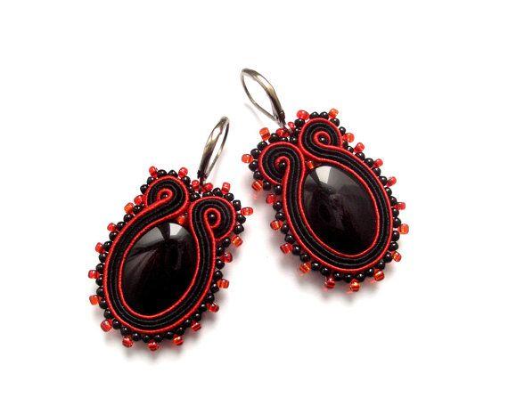 Γεια, βρήκα αυτή την καταπληκτική ανάρτηση στο Etsy στο https://www.etsy.com/listing/87334095/soutache-earrings-sparkling-fasionable