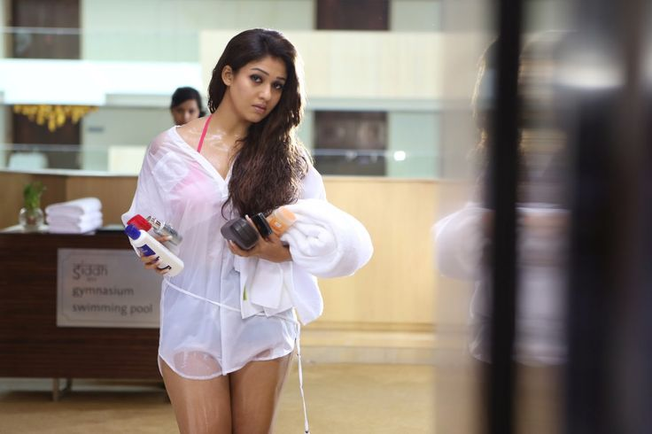 HQ Pics n Galleries !!: Nayanthara Latest Glam Pictures