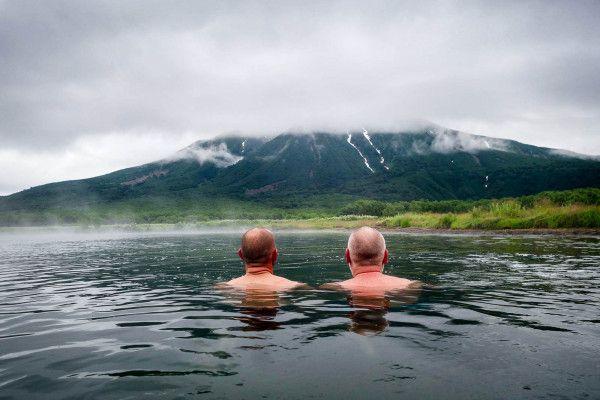 Камчатка. Ходуткинские термальные источники (SiO2 до 90 мг/л). Температура источников от 30 до 77 °С. Воды минеральных источников гидрокарбонатно-хлоридные натриевые с невысокой общей минерализацией (0.5 г/л) и содержанием кремнекислоты до 90 мг/л. kamchatka-2015-khodutka-hot-springs-9