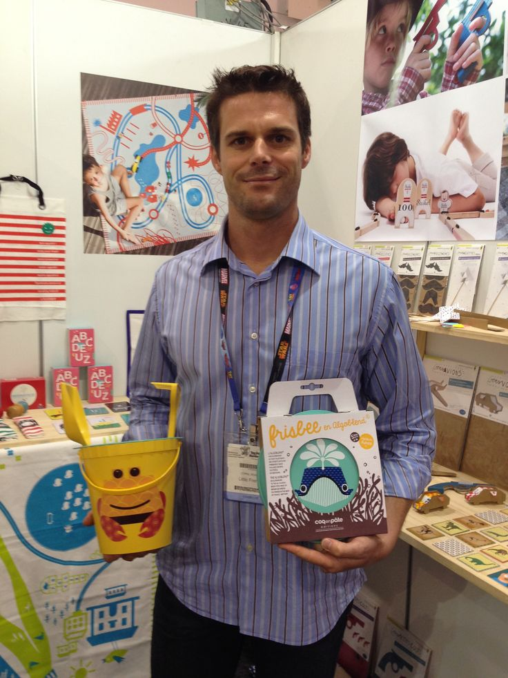 This frisbee & beach bucket with spade are made in France from... guess what?... seaweed! Definitely eco-friendly! #Toyfair