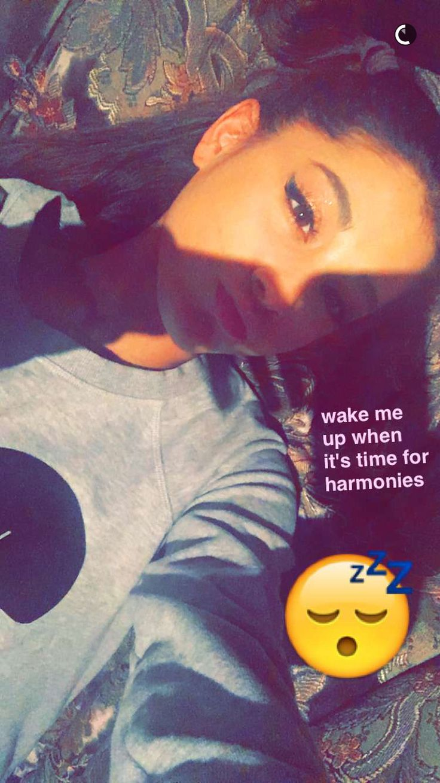 @anigrande- Ariana, you must be sooooo bored right now
