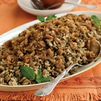 #Vegan Mujadara is a delectable Middle Easteren-inspired dish. Simple and delicious!