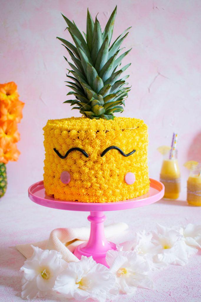 Rezept Fur Eine Hubsche Sommerliche Ananastorte Mit Feinennussboden Erfrischender Sahne Quark Creme Und An Ananas Torte Geburtstagsessen Ideen Ananastortchen