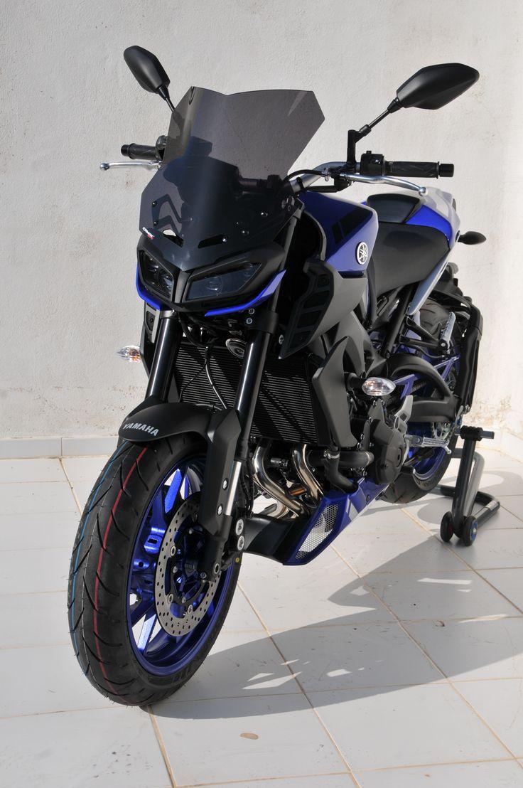 Moto yamaha scrambler cars motorcycles bobber forward mt09 yamaha - Front View With Light Black Touring Windshield