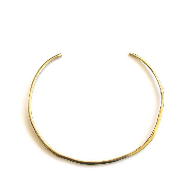 Brass choker band, adjustable by bending.