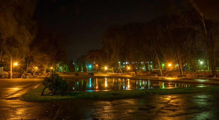#fontanna #noc #Białystok fot. Dawid Gromadzki