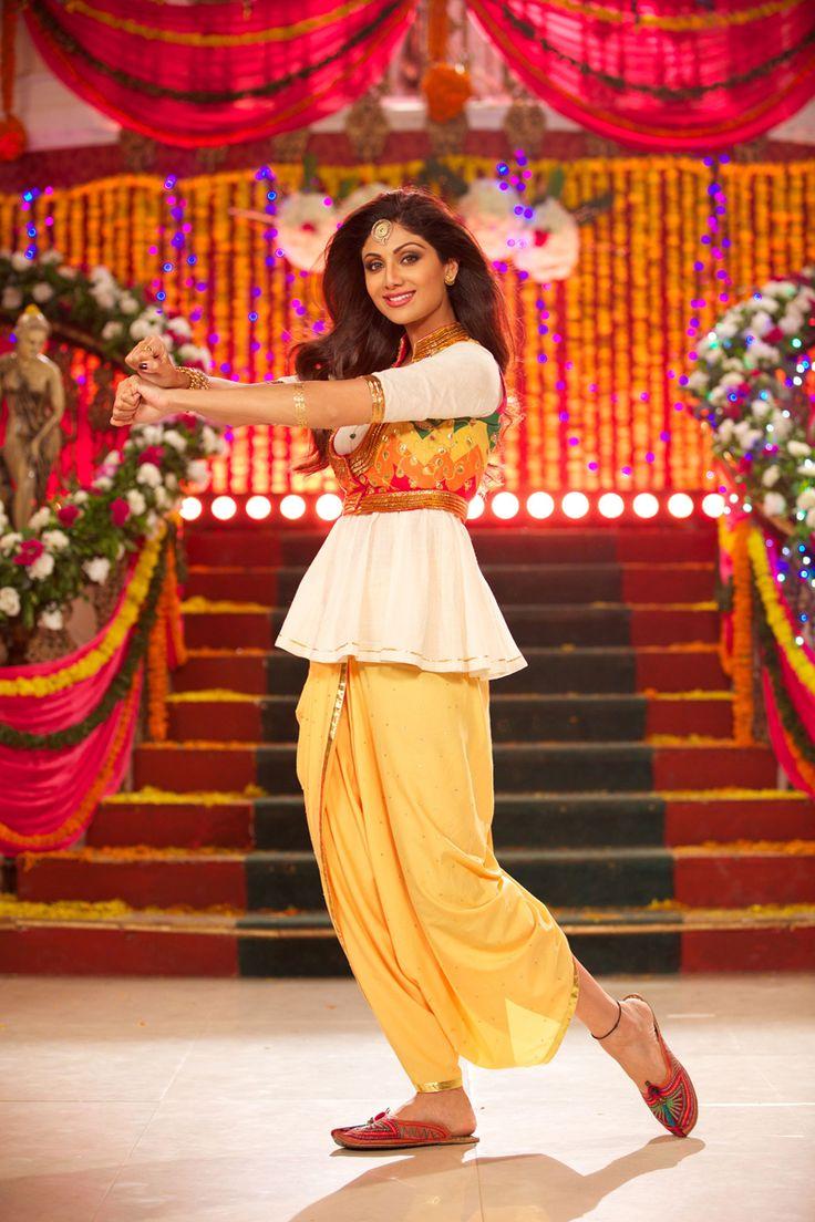 Celebrate Wedding Da Season in Shilpa Shetty's style