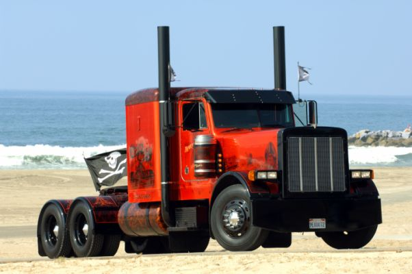 custom big rigs |