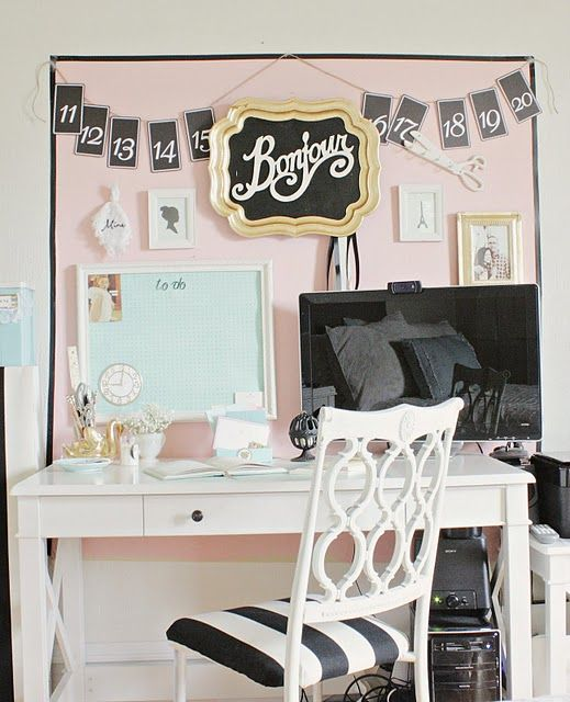 Beautiful ideas for any girl's school study space. Mix and match colors for a look that matches your personality!