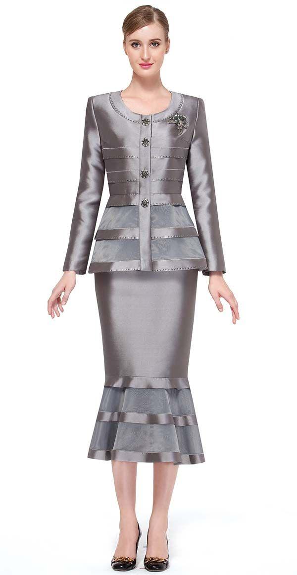 Serafina-3762-fall-2017-womens-suits