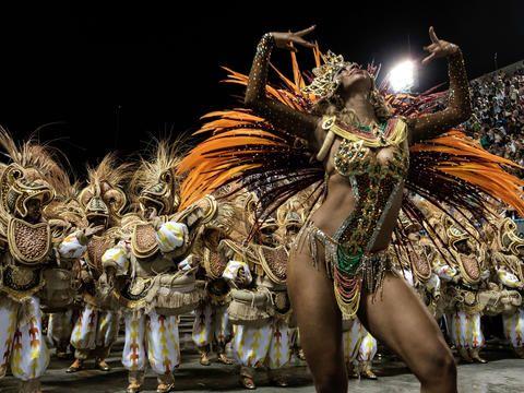 Unidos da Tijuca - Carnival in Rio 2016 - Pictures - CBS News