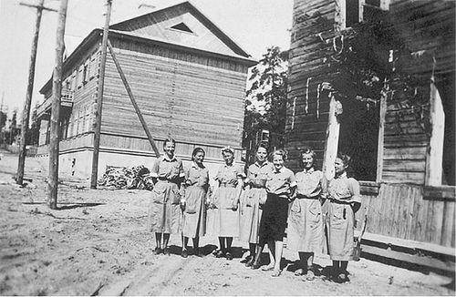 """Lotta Svärd Nurses, Finland 1942. """"Ennen kun Suomessa taisteltiin, tuli…"""
