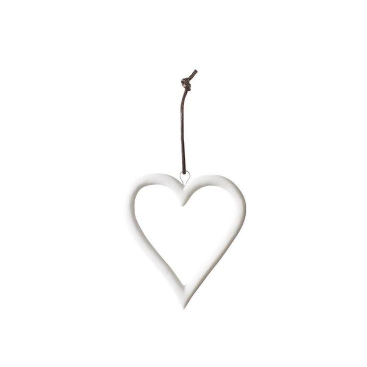 Shining star, My heart og Oh Deer er en serie med julepynt i fineste, hvit keramikk. Bruk dem på juletreet eller til å dekorere andre steder i hjemmet.