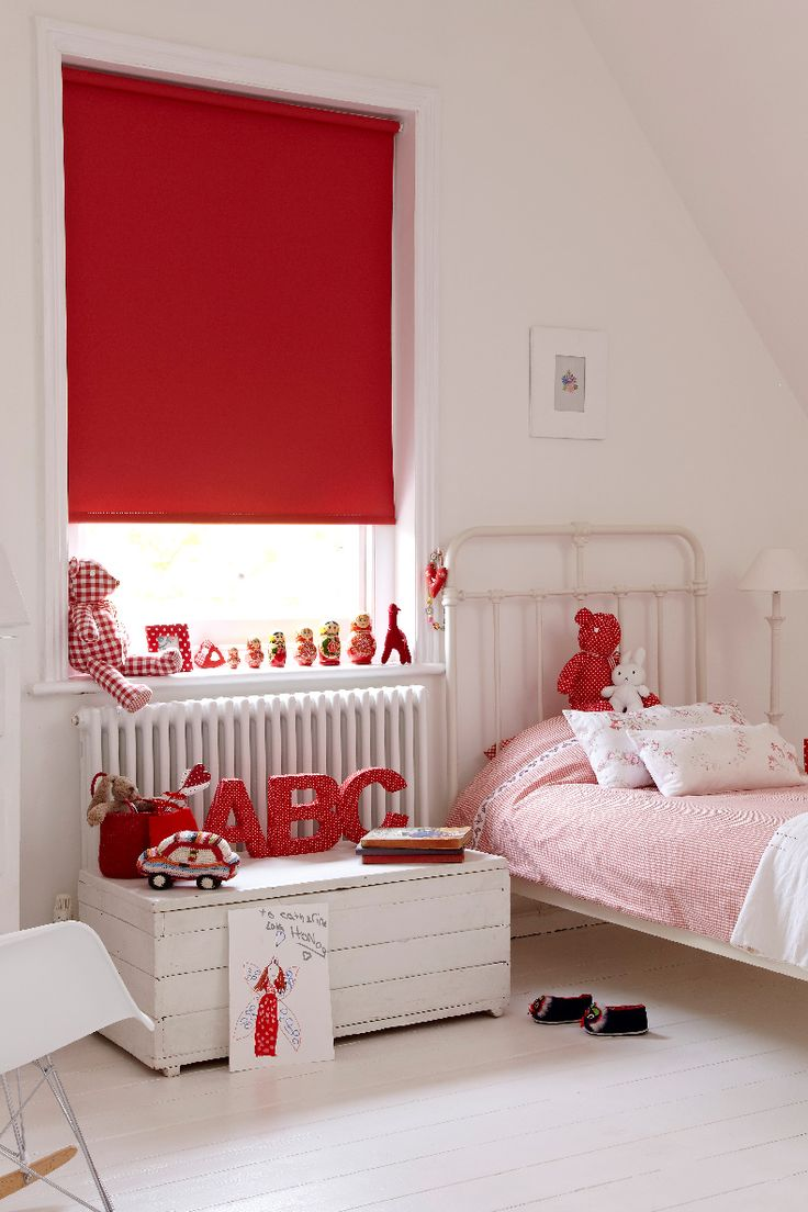 Modern 36 quot 40 quot blinds shades allmodern - Our Fresh Pillarbox Roller Blind Is Strikingly Red And Perfect For A Children S Bedroom It
