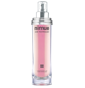 Interactive range product 2: Conditioner Lite. A calming, healing and hydrating conditioning solution to restore and protect the skin. Contains Polyhydroxy Acids, Chamomile, Arnica and Green Tea extracts. Available as a refill. 140ml. Nimue Skin Technology.