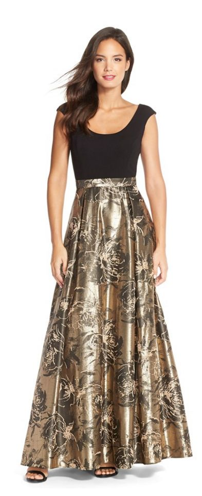 Great Shimmery two tone gown I just love this black and gold bination