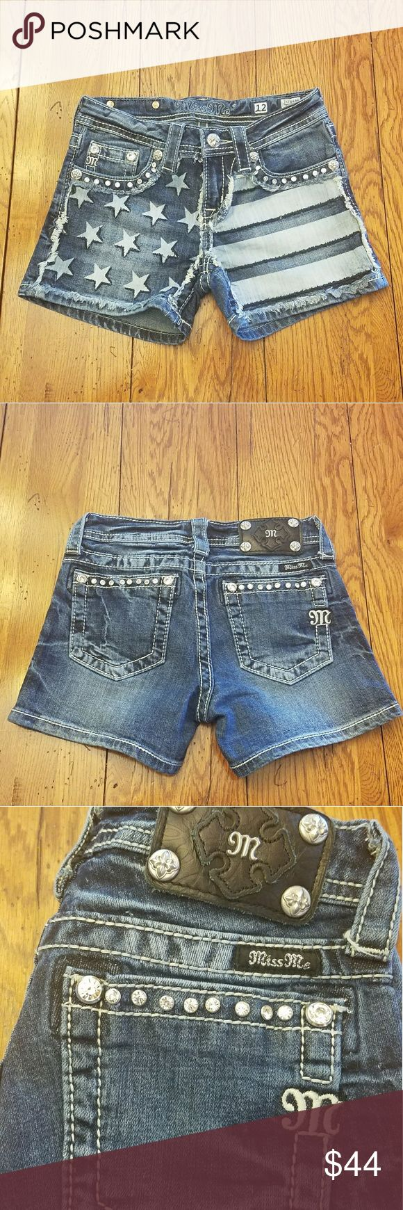 Girls Miss Me Jeans Bling Flag Shorts Size 12 🇺🇸 Excellent Condition  Like New  NO STAINS  ALL Bling Attached ADORABLE  Will ship within 24 hours Miss Me Bottoms Shorts