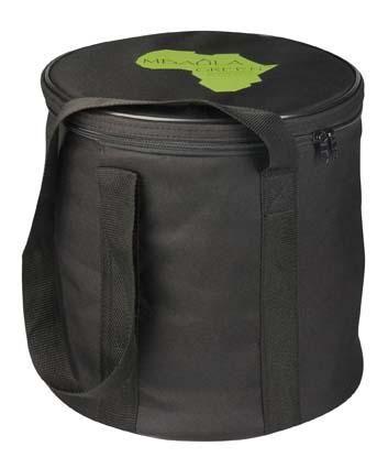 Koop bij de Mbaula Green (braai & kooktoestel) deze handige draagzak. Perfect wanneer je de Mbaula mee wilt nemen in de auto of op de fiets. Omdat de zak van binnen bekleed is met pvc, kan hij ook als koeltas gebruikt worden. Te bestellen -samen met de Mbaula Green-via: http://www.onsgaanbraai.nl/braais/mbaula-green/