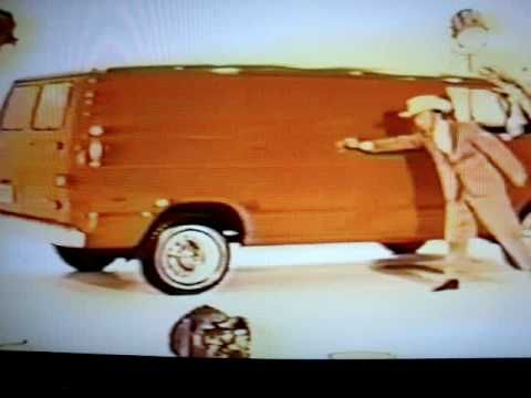 Don Knotts selling a 1971 Dodge and loving it!