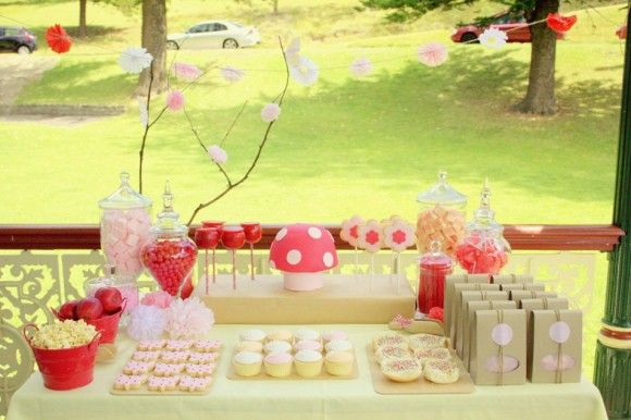 i like the tissue flowers on the branches... and of course, must have toad stools: Party'S, Birthday Parties, Garden Party, Birthday Idea, Garden Parties, Fairies Garden, Party Ideas, Birthday Party