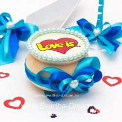Свадебная коллекция аксессуаров Love is, оригинальные атрибуты Лав Из для необычной свадьбы - реквизит с любимыми героями! #красноесвадебноеплатье #пышноесвадебноеплатье #поздравлениямолодоженам #рушникнасвадьбу #зонтикневесты #помолвочноекольцо #песнядляжениха #Ахэтасвадьба