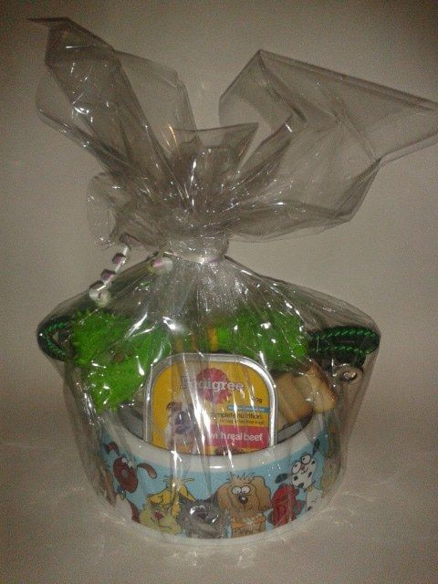 Item number 1201 - Doggie Christmas Gift  For more details, please visit our facebook page: www.facebook.com/popitinaboxbusiness