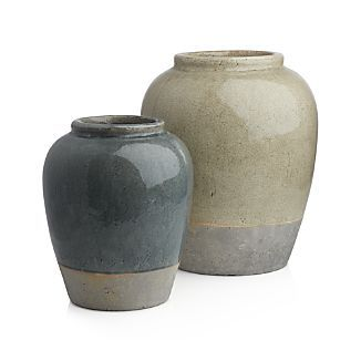 Luana Urn Vase
