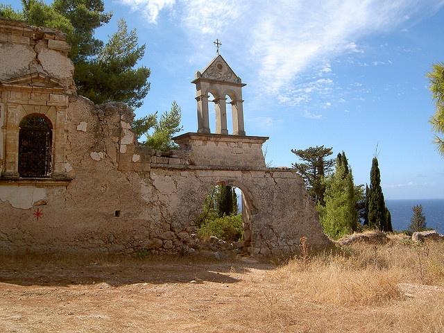 Ruin of monastary south of Lourdas, Kefalonia #travel #kefalonia
