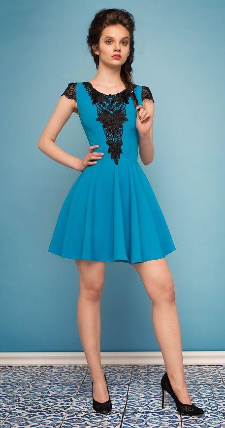 Šaty Daydream s černou krajkou, modré