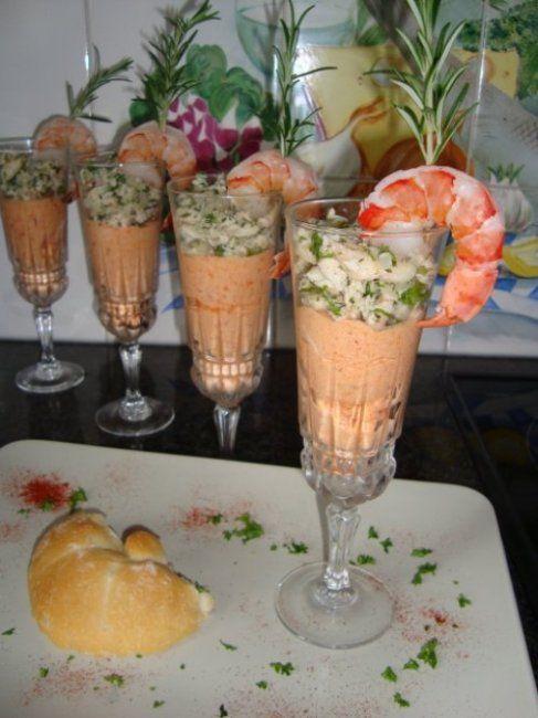 Recept voor Parfait van gedroogde tomaten en gerookte forel. Meer originele recepten en bereidingswijze voor voorgerechten & hapjes vind je op gette.org.