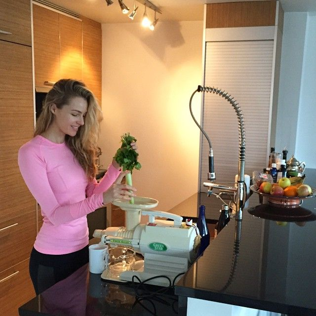 I feel great having a green juice before yoga class. Today's ingredients: mint, 3 apples, celery, 1/2 lemon, burdock