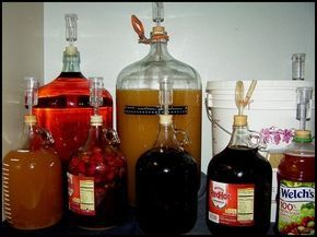 How to Make Wine in 7 Easy Steps will soon have you Making Homemade Country Wine!
