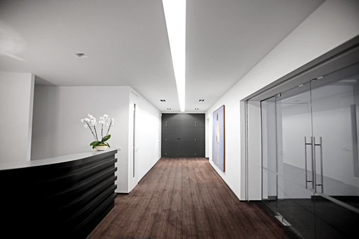 Levell Concept used our Louis de Poortere Move broadloom for the Bureau avenue Louis project in Brussels.