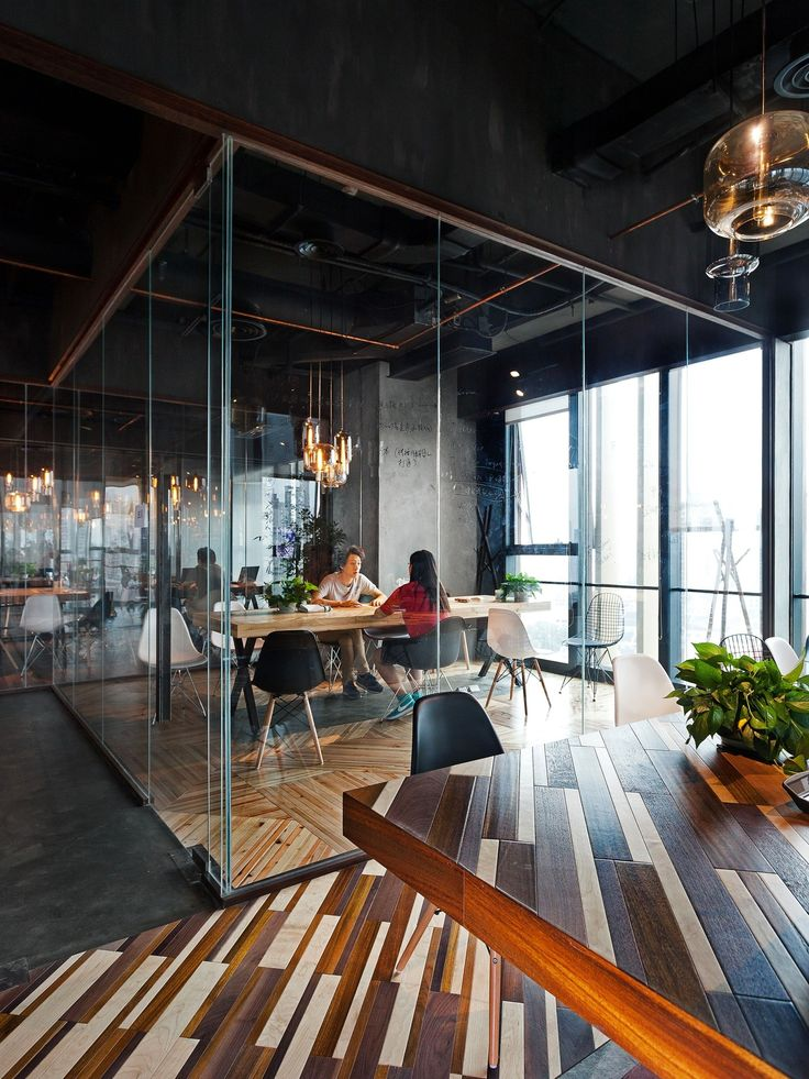 Офис группы компании LEO Digital Network в Китае — HQROOM