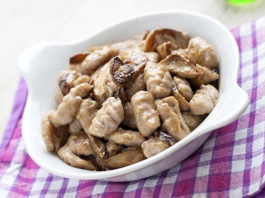 Domácí gnocchi s rychlou houbovou omáčkou