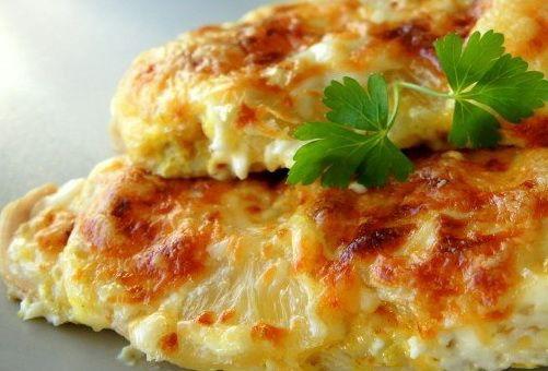 Куриное филе под ананасом запечённое в духовке. Куриное филе с ананасами - вкусное праздничное блюдо готовить которое легко и быстро.