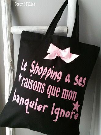 TOTE BAG   Parfait également pour faire un emballage cadeau original !  Coloris noir  100 % coton  Format : 38 cm (L) X 42 cm (H)  avec anses de 40 cm  Personnalisation  - 16201022