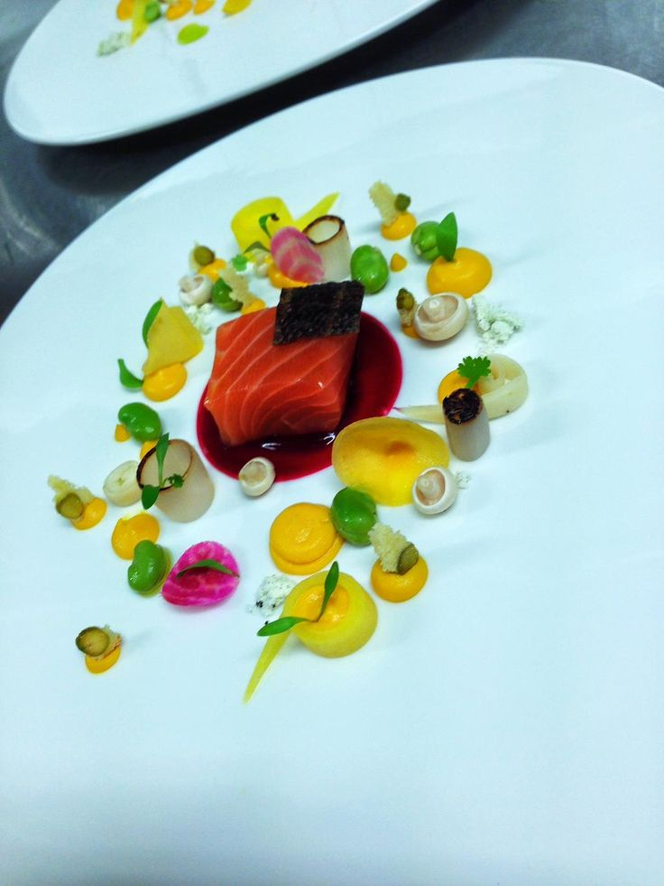 One of our Favourite dishes, Keenan's Whiskey Cured Salmon,  Beetroot Gel @keenanseafood @Food_NI @LoughErneResort